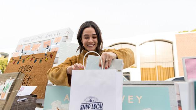 MerryMakers_Sip_n_Shop_2019_WEB-82.jpg