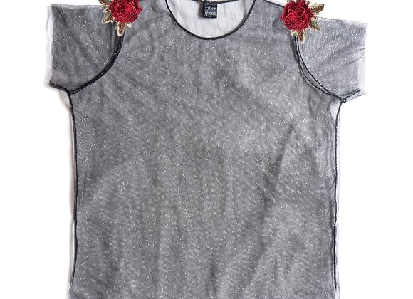 T-Shirt + Flor Bordada