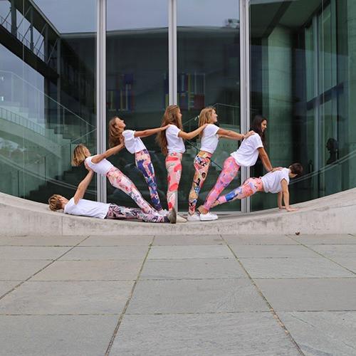 Acro Shooting Pitaya Yoga