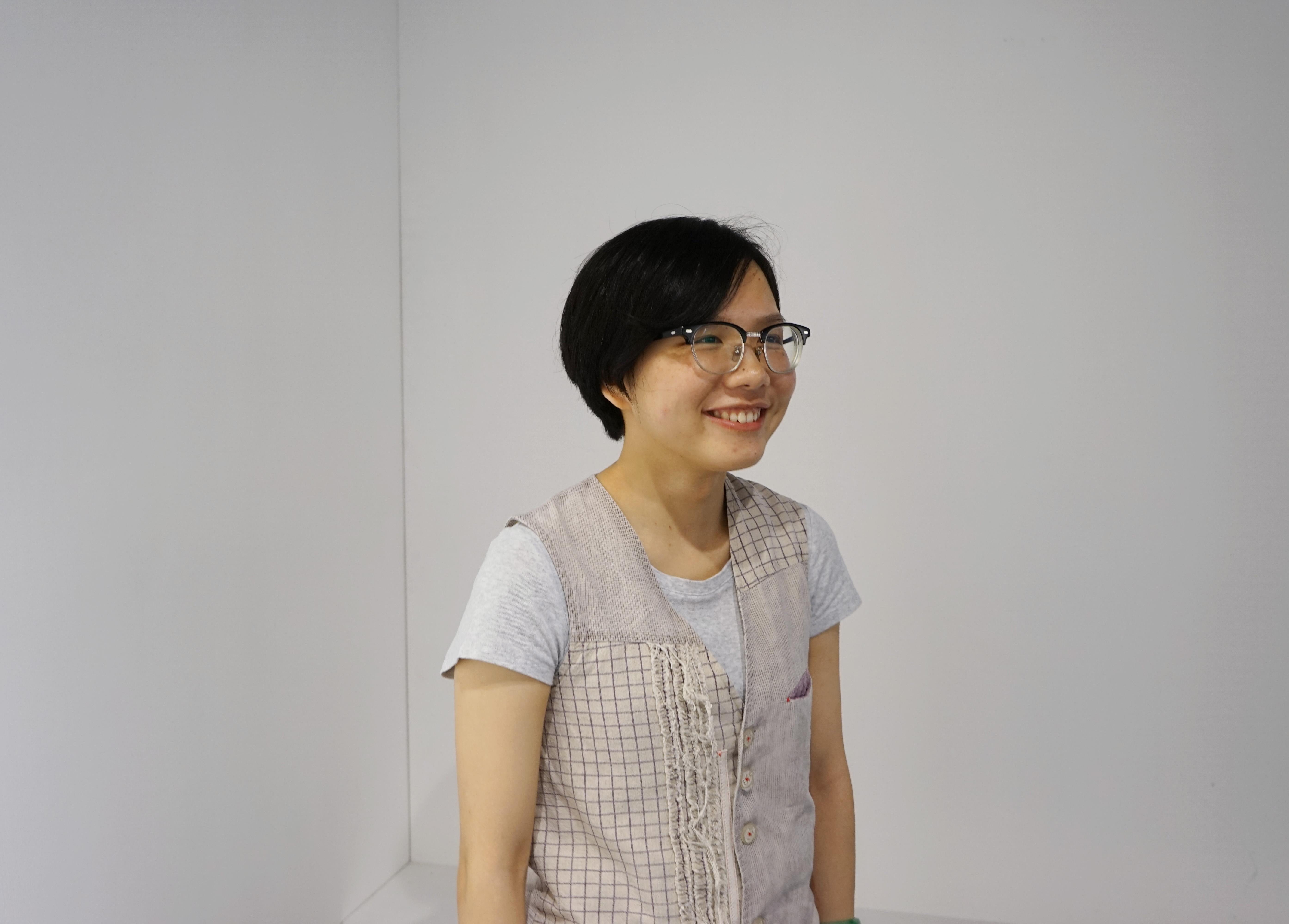 Pang Chek Ying_profile pic