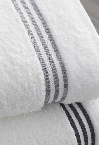 Clean fresh towels