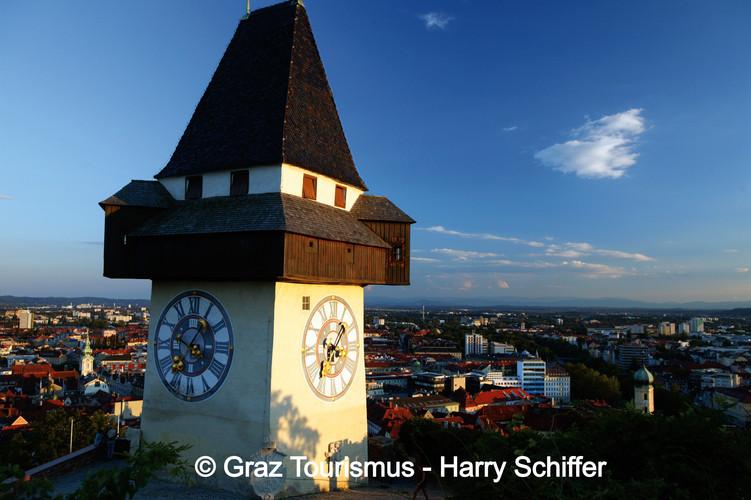 graz_uhrturm_©_Graz_Tourismus_-__Harry_S