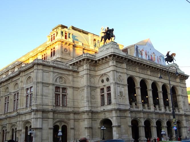 Classic_Vienna_–_19.jpg