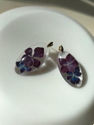 Örhänge med 2 hortensior ( lila och blå)
