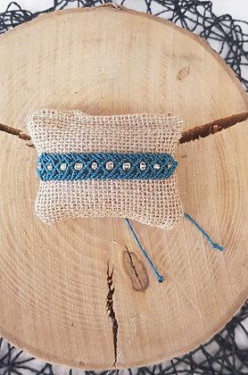 Bracelet en macramé et perles