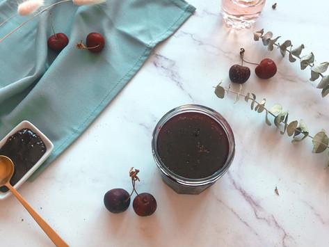 Confiture de cerises à l'eau de rose