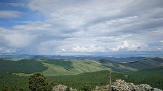 Над степью монгольской