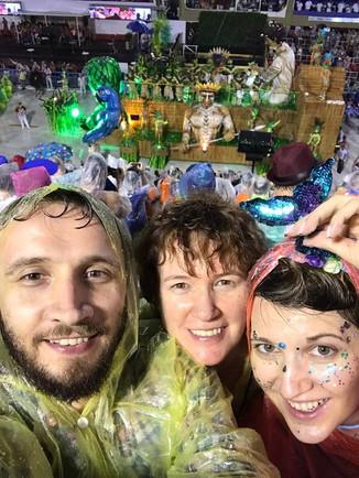 Карнавал в Рио!..