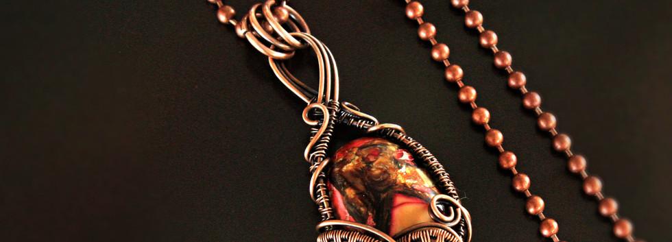Deep heart pendant