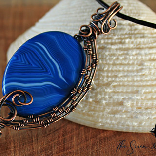 Blue lace and pearl pendant