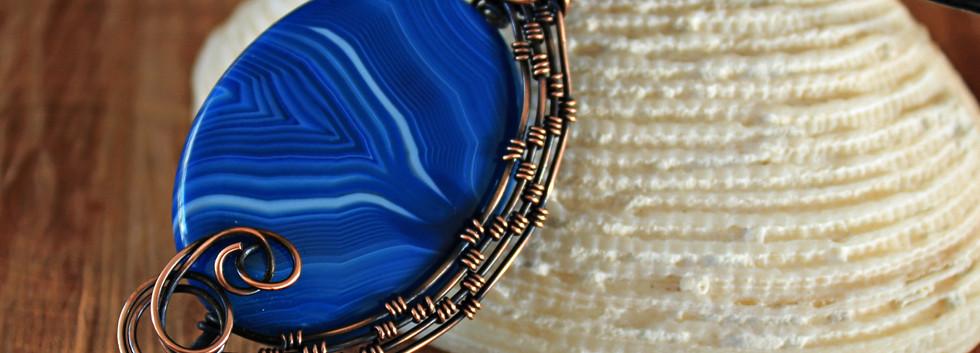 Blue Lace Agate in copper weave