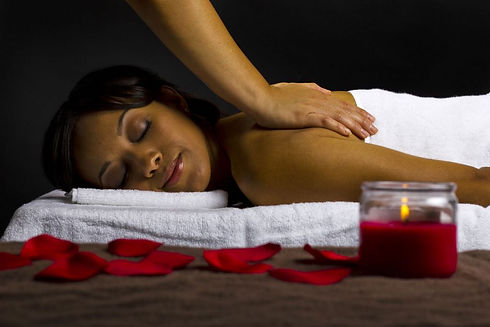 Massage-Black-Female-1024x683.jpg