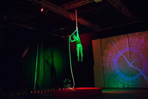 Live visuals for circus cabaret