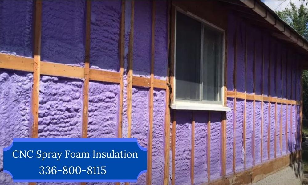 Spray_Foam_Insulation_vs_Fiberglass_Clem