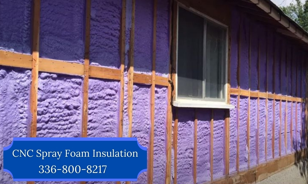 Spray_Foam_Insulation_vs_Fiberglass_Lewi