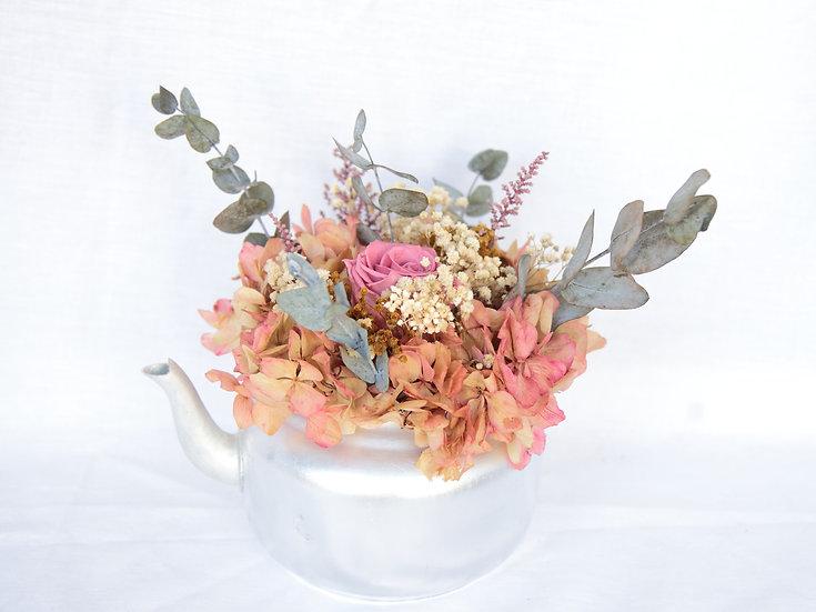 Tetera flor preservada
