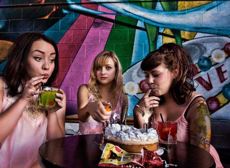 Ashely Brown, Dasha, Nina Ogesen