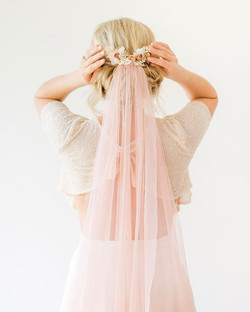Sooooo much love for this image. Blush top and veil really sets off the pinks in the dried rose and