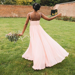 The fullness of these bridesmaids dresses from _thth_bridesmaids is just Devine! Coupled with a grea