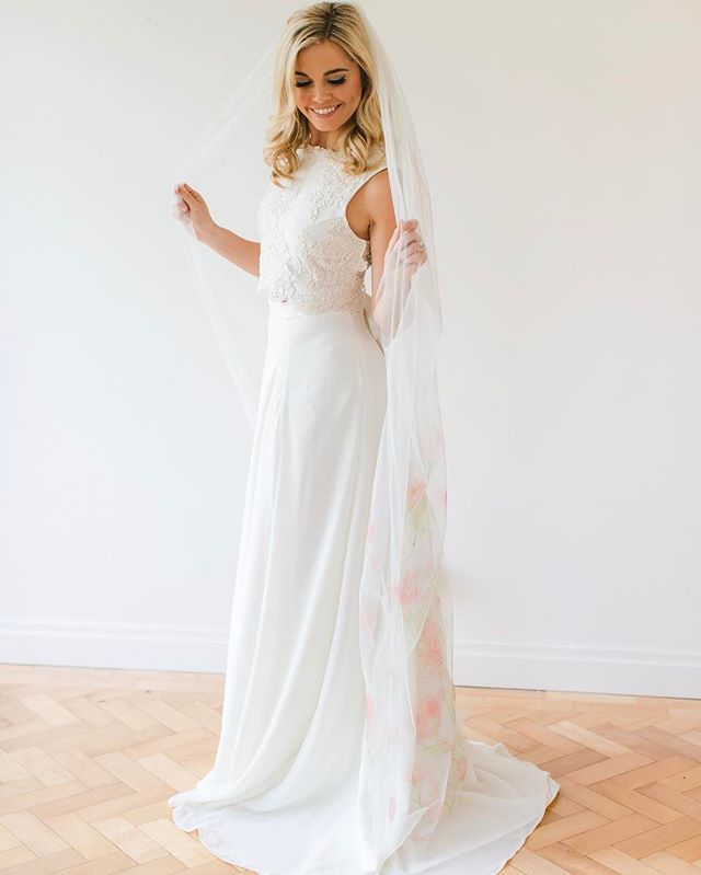 Hand painted cathedral length veil, why not! Love this shot of _mariefrancoisewolff from _summerlily