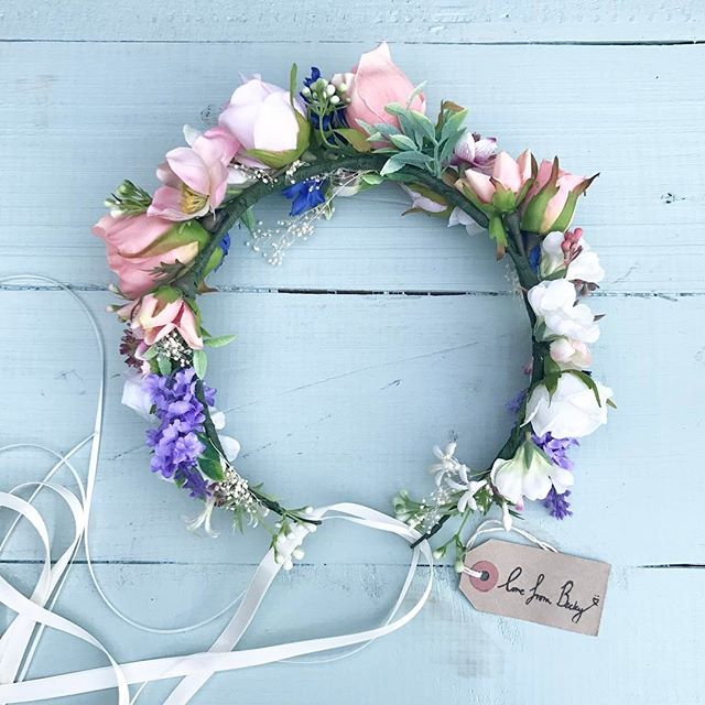 Good morning 🌸 this faux flower beauty is off to Wales this weekend for a styled shoot 🙌🏼 #floral