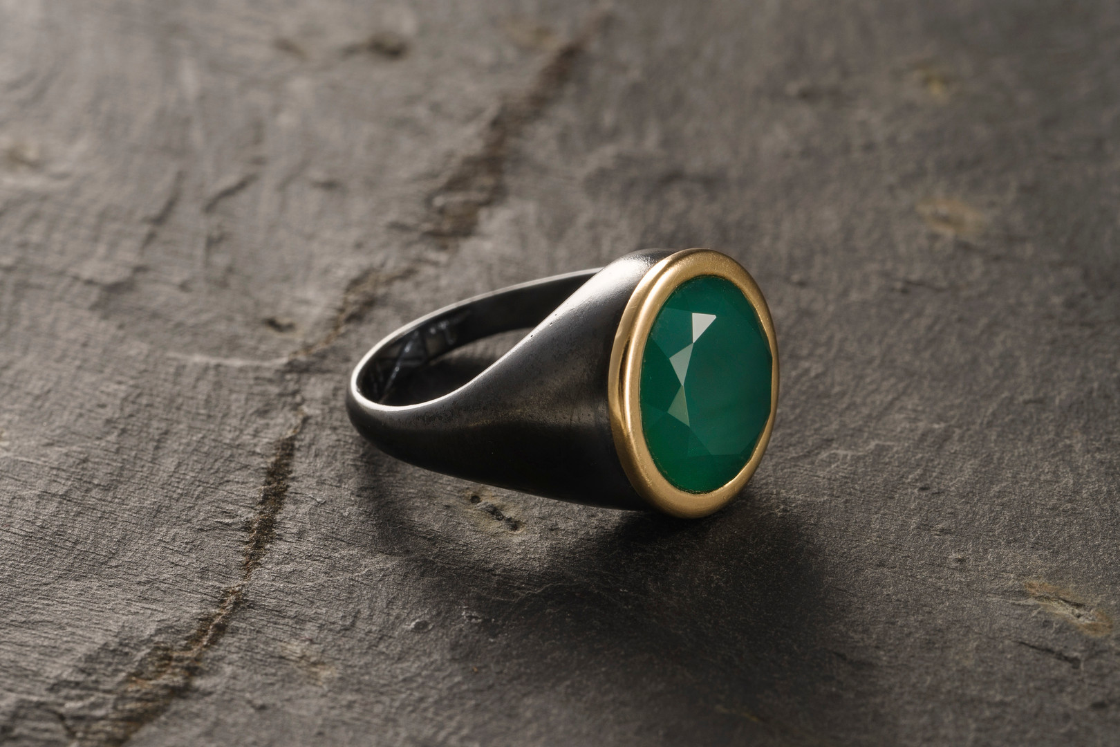 green onyx signet ring