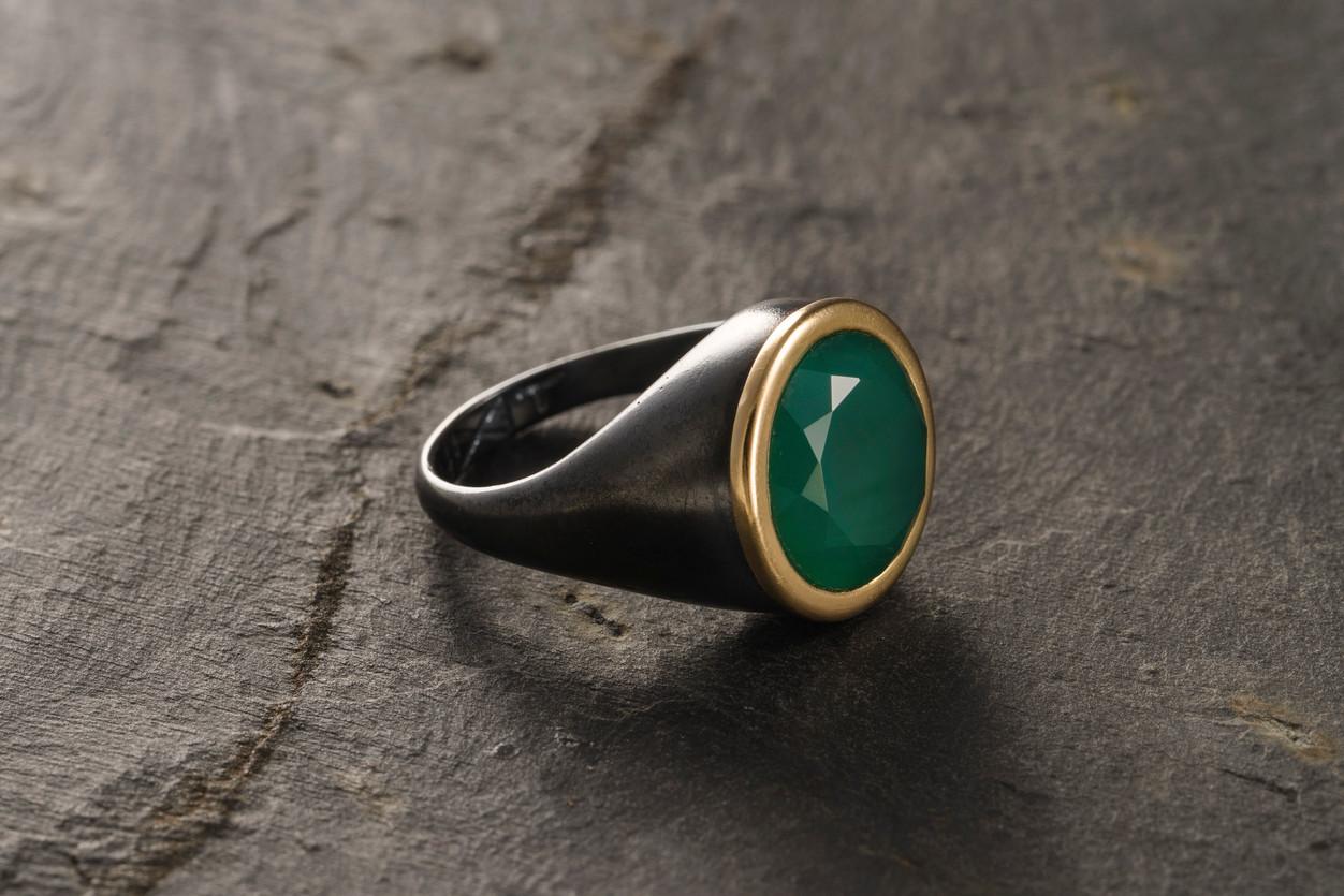 green onyx signet ring