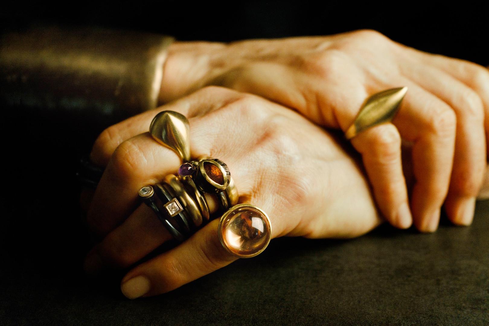 gold hands-DSC05781.jpg