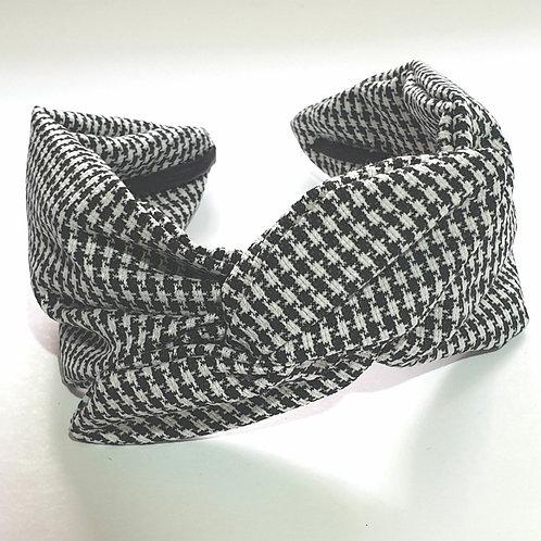 דגם פלג פפיטה שחור לבן