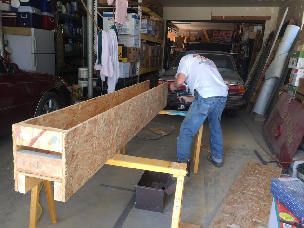 Preparing the Lincoln Highway Marker for Transport