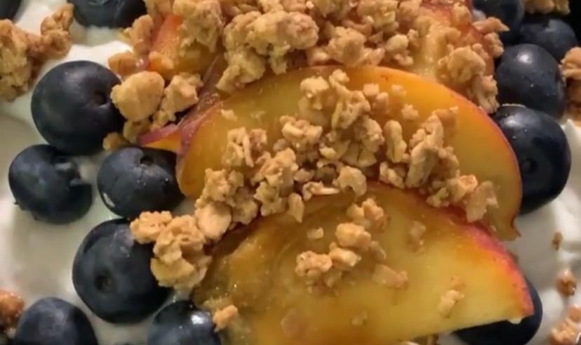 Peaches & Blueberry Yogurt