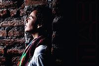 Monica Valenzuela, sesones MAE