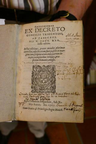 Archiv: das älteste Buch der Abtei Sayn