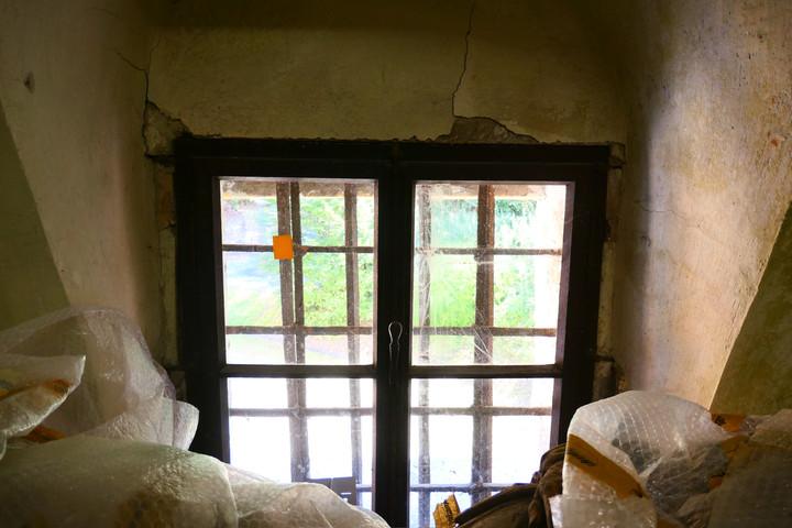 """Schatzkammer"" hinter dem Weisungsfenster"