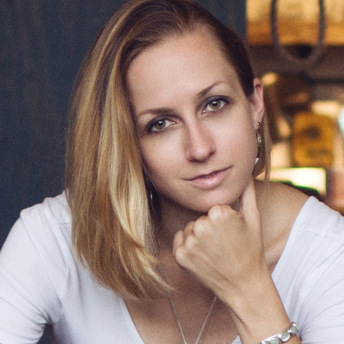 Suz Paulinski -Founder & CEO,  Rockstar Advocate
