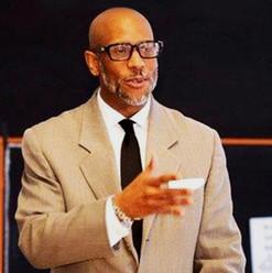 Eric Troy - Founder & CEO of EFICIONADO