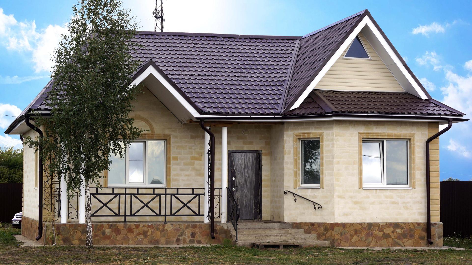 Одноэтажный дом из дагестанского камня