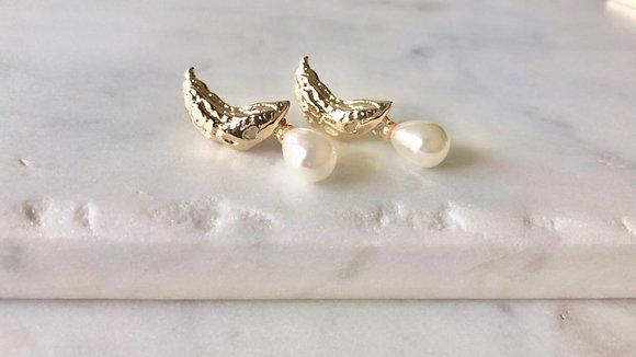 Parker Pearl Earrings