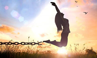 femme-se-liberant-de-ses-chaines.jpg