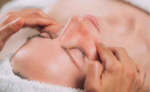 Natural Facelift Massage.png