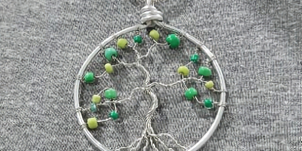 Summer Camp Jewelery making
