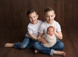 little moments matter photography Newborn photographer lloydminsterNixon newborn  002.jpg