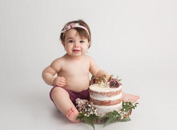 Lloydminster cake smash Photographer9