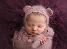 Newborn photographer lloydminster Leah newborn 012.jpg