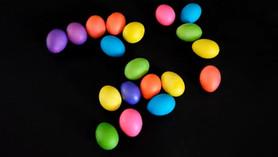 Benino Neon Easter Egg Colouring Kit Video