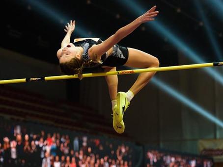 Mahuchikh salta 2.06m en Eslovaquia, el salto bajo techo más alto del mundo en nueve años