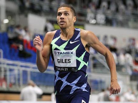 Giles triunfa con 1:43.63, el segundo tiempo más rápido de la historia en los 800m bajo techo