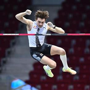 Duplantis supera los 6.01 m en Dusseldorf