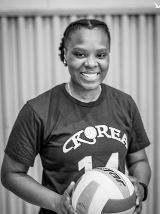 PB August VBall Portraits (3 of 29).jpg