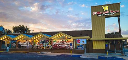 El Mercado Fresco- Wichita store.JPG